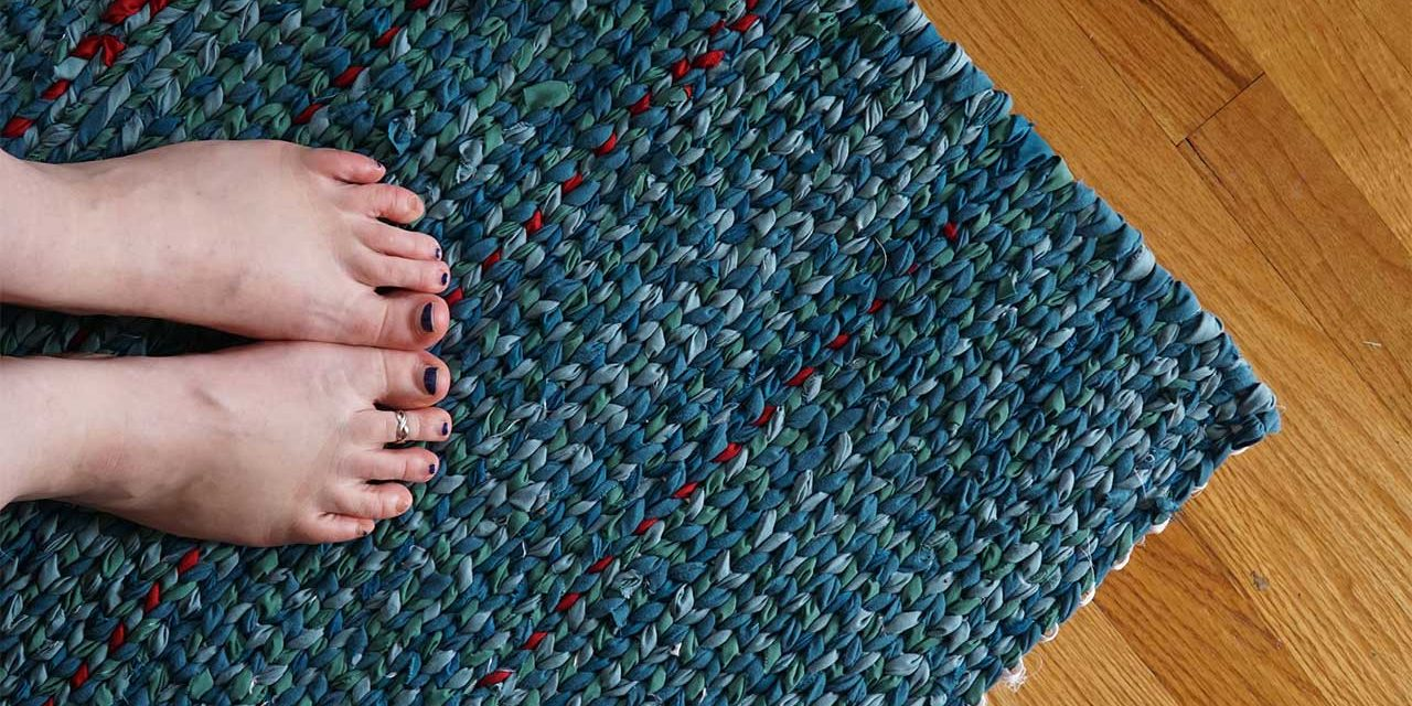 How to Sew a Rag Rug No Sew